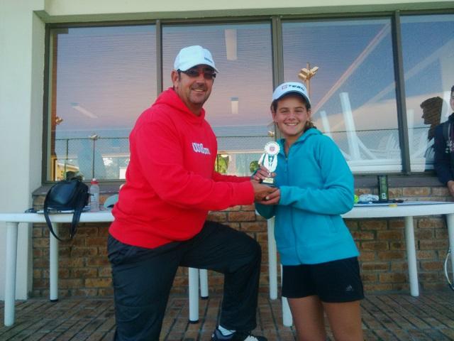 Winner Girls Open Section - Margerite Hartung