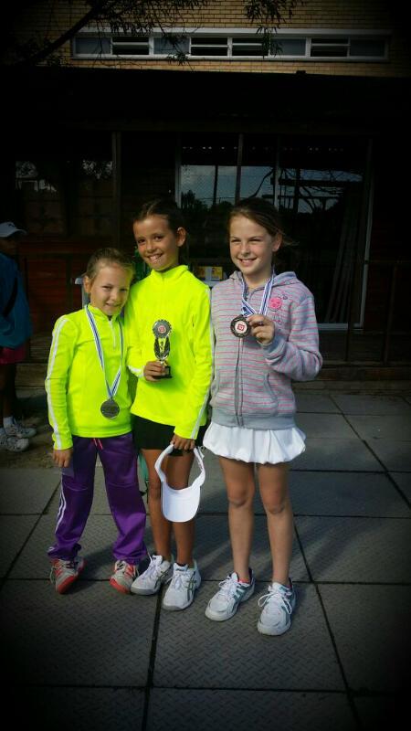 Winners Girls U9 +U10 -  Janke-Martine,Jessica,Anke