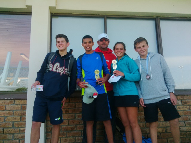 Winners of U14 + Open Section -  Marco,Margerite,Cameron,Emile